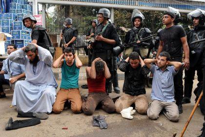 Egitto-polizia-manifestanti